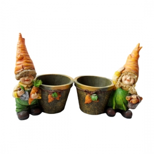 Carrot head boy and girl figurine Pot